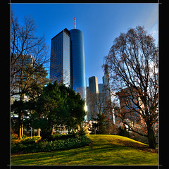 Frankfurt (MyOakForest) Tags: park skyline frankfurt pano 20mm taunusanlage d80 myoakforest