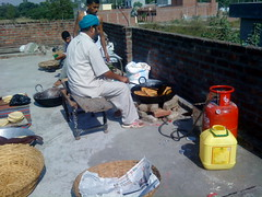 gurdaspur (Sher Singh Fouji) Tags: india temple farm cook desi punjab amritsar punjabi guru jatt gurdaspur halwai