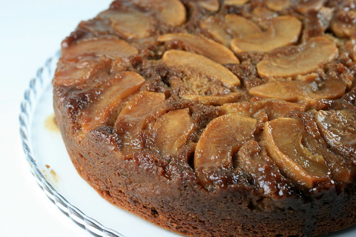Gingerbread Apple Upside-Down Cake