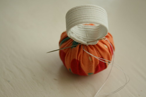diy ring pincushion, step 6