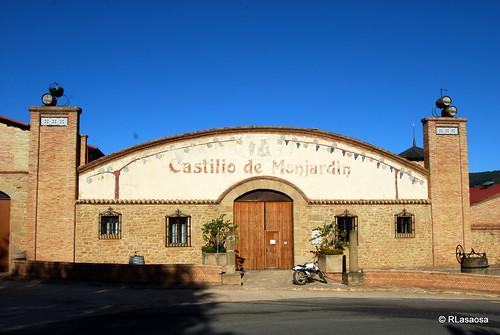 Villamayor de Monjardín by Rufino Lasaosa
