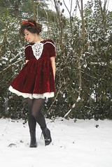 edwardian hair and a gunne sax dress (bloomingleopold) Tags: winter red white snow wardroberemix vintage outfit dress nashville lace velvet ribbon gunnesax jessicamcclintock blacktights laceupboots zodiacboots bloomingleopold crinonline edwardianhair
