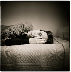 lying at your side (byfer / Fernando Ocaa) Tags: portrait bw 120 6x6 tlr film rollei rolleiflex zeiss square retrato poland epson planar 400iso gosia 80mm 28f fomapan v700 selfdevelop medium format k7f2 2470308