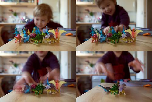 Max toy camera dinosaurs