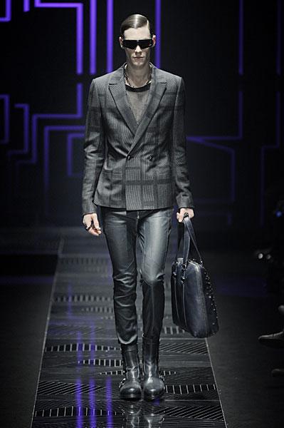 Jonas Kesseler3093_FW10_Milan_Versace(nikestav10@mh)