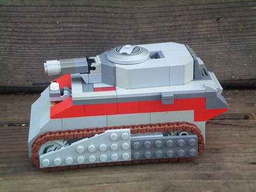 U.N.E. LT-TT-250 'Ox' 002
