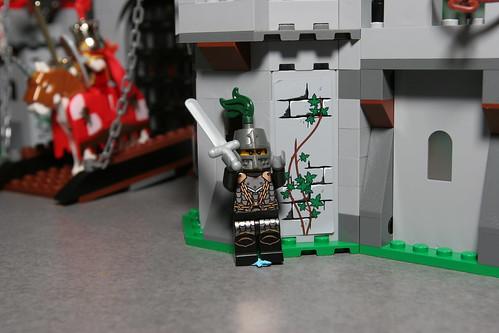 LEGO Toy Fair 2010 - Kingdoms - 7946 King's Castle - 9 by fbtb.