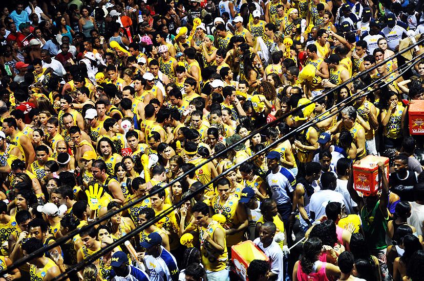 soteropoli.com fotos fotografia salvador bahia brasil verao carnaval trio eletrico axe 2010 by tunisio (9)