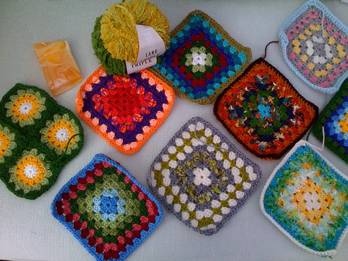 Thanks so much Elizabeth Cat. Your Squares are gorgeous!