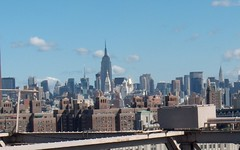 New York skyline (Rotdenken (Jules Rigobert)) Tags: nyc sky usa ny newyork building clouds america buildings photo flickr downtown foto himmel wolke ciel nyskyline empirestatebuilding chryslerbuilding nuage amerika 21stcentury amrique panambuilding immeubles xxiesicle rotdenken julesrigobert