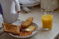 Typical British one. (bezerra.gabriel) Tags: food london kitchen breakfast british pint britishbreakfast
