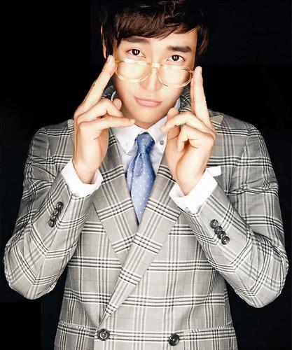 Fotos de Siwon para High Cut! 4451162151_3d864a5eca