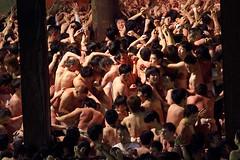 Saidaiji Eyo, Okayama (richard thomson) Tags: festival japan night ritual matsuri okayama fundoshi pandemonium saidaiji hadakamatsuri winterfestival jostling shingi saidaijieyo nakedmenfestival