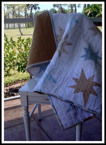 blue/tan stars quilt