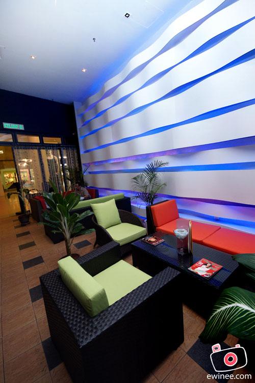 FUNKY-VILLA-E@CURVE-interior
