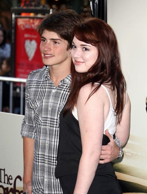 gregg-sulkin-jennifer-stone-perfect-pair-04