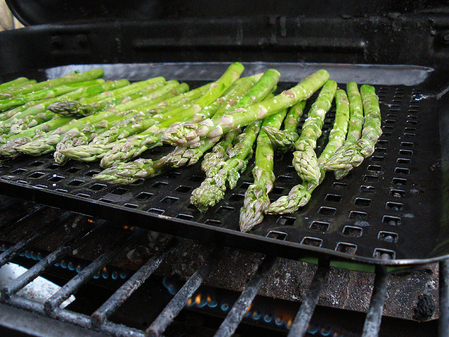 Grilled Asparagus with Crumbled Feta