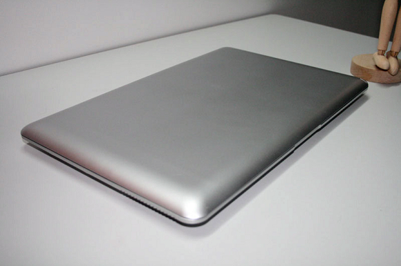 14-inch MacBook Air Knockoff