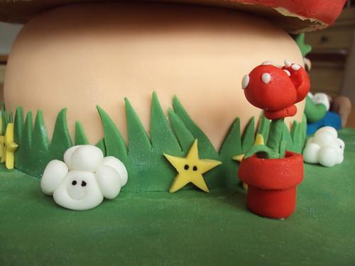Super Mario cake detail