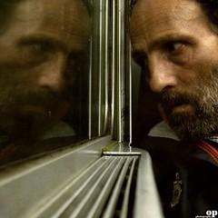 Tunnel (Osvaldo_Zoom) Tags: trip selfportrait man reflection window train canon tunnel journey commuter calabria trenitalia g7 bagnara selftimer10s