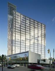 Manitoba Hydro Place by Kuwabara Payne McKenna Blumberg Architects (via Fast Company)