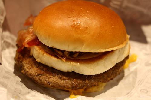マクドナルド マクドナルド / yto マクドナルドのハンバーガーって、たまに無性に食... マ