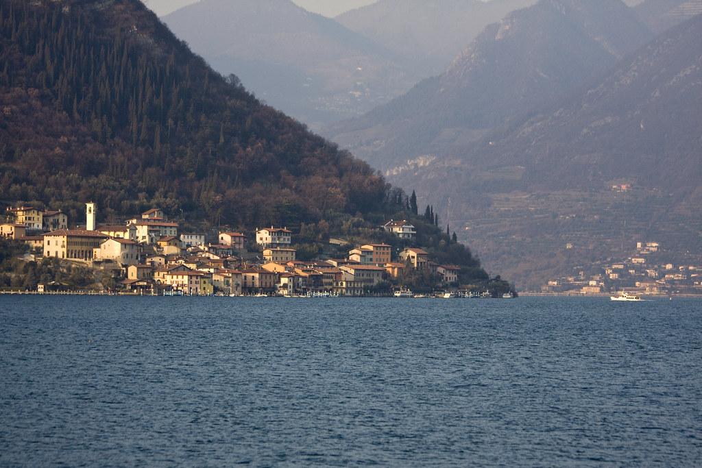 Peschiera Maraglio #2 (by storvandre)