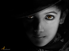 ZORRO [ Explore ] (ANOODONNA) Tags: blackandwhite eyes explore sunrays zorro canonef2470mmf28lusm goldeneyes canoneos50d flickrunitedaward anoodonna  alanoodalrasheed