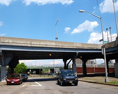 M102 East 138 Street Bridge over Harlem River Drive & Madison Avenue, Harlem, New York City (jag9889) Tags: city nyc bridge ny newyork puente crossing harlem manhattan bridges ponte pont brcke madisonavenue 2010 hrd harlemriver harlemriverdrive m102 y2010 e138street jag9889