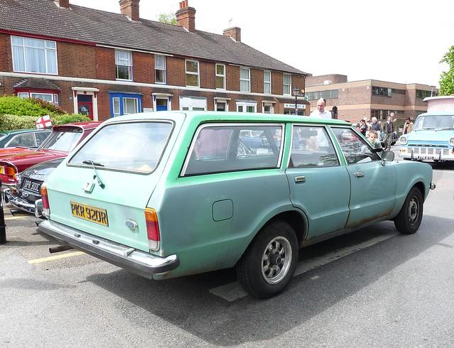 Ford Cortina 1600 Ghia Estate (1976)