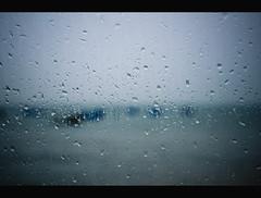 Se guardo il mare... (FrogRos) Tags: sea rain mare pioggia indeep nelprofondo