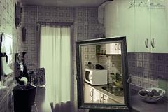 """La cocina voladora"" Presents: The polaroid experience (Throught the looking glass)  -EXPLORER- (Jack inMotion) Tags: texture kitchen glass vintage jack polaroid lost alfonso signature explore coci"