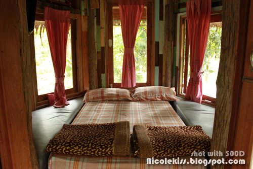 bedroom of treehouse
