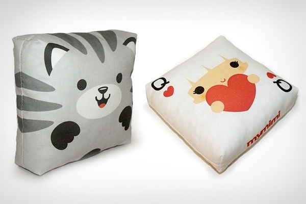 Snow Owl - Mini Decor Pillow