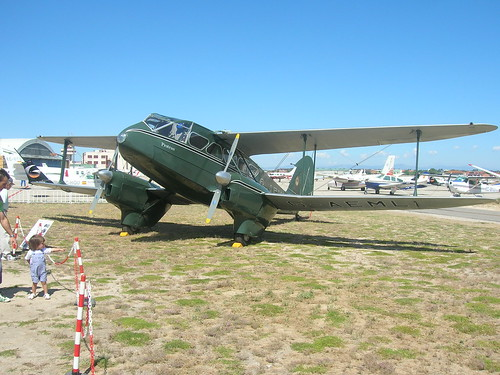 DE HAVILLAND DH-89