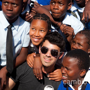 joe-jonas-africa-kids