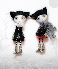 girls (sold) (MioPupazzo) Tags: collage doll dolls brooch fabricdolls makingdoll