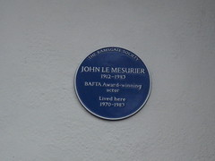 Photo of John Le Mesurier blue plaque