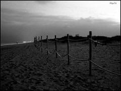 dunas (*max74*) Tags: beach valencia canon cuerda playa arena ixus nubes saler