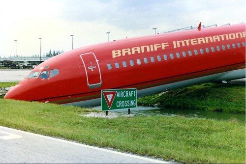 4194462972 e09edd5475 o Foto Berbagai Macam Kecelakaan Pesawat