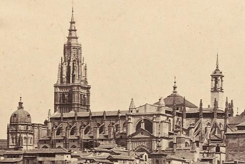 Catedral de Toledo hacia 1860 con el cimborrio y la Torre del Reloj aún en pie. Fotografía de Francis Frith (detalle)