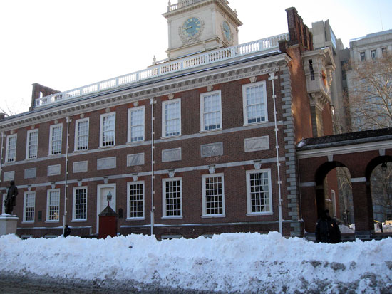 Snow in Front of Independence Hall (Click to enlarge)