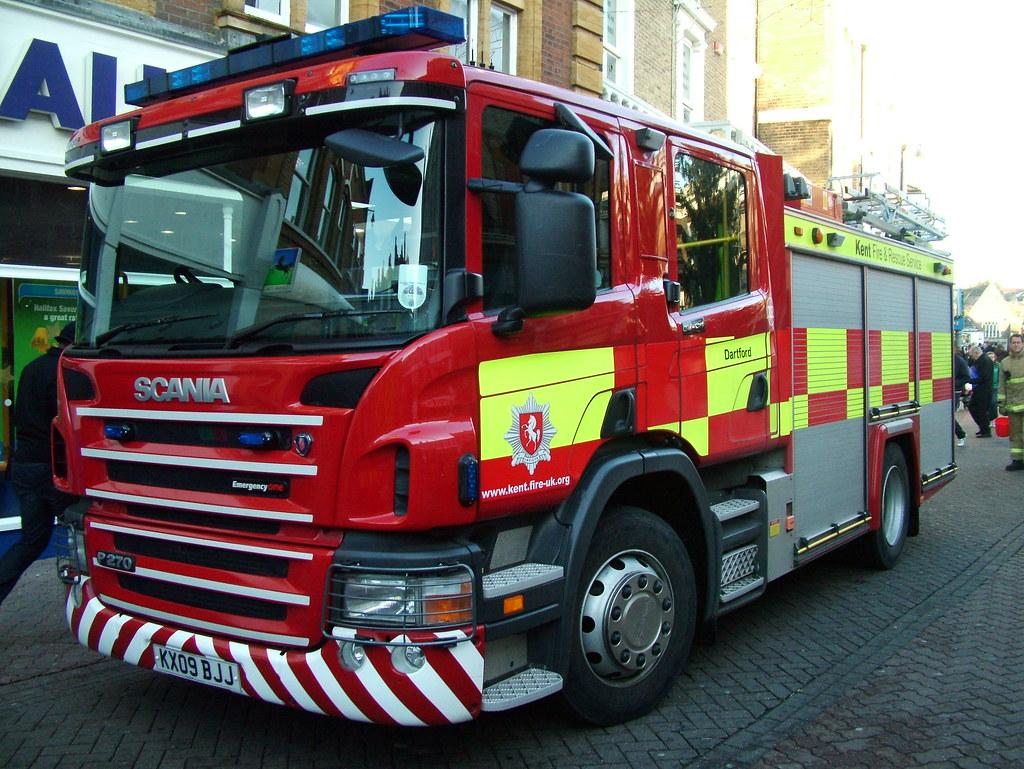 Kent Fire Scania 222