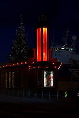 Jlablla/Chrismas joint (Hilla pilla) Tags: harbor ship 101 reykjavk chrismas jl bllan hamborgarabllan
