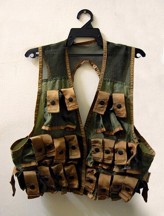 Bilik barang military totis 4250553889_5a2fecc4c7_o