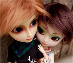 Taryn and Felix (Little Joni) Tags: dolls felix missionary pullip prunella taryn taeyang