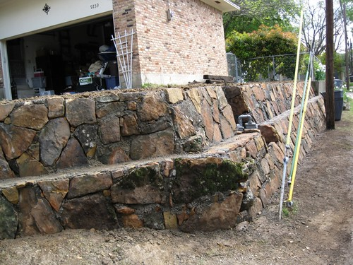 Retaining wall how to landscape