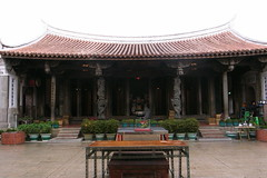 Lu-Kang Longshan Temple