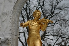 Strauss Stadtpark (vienadirecto) Tags: vienna wien statue viena estatua modernismo xix stadtpark strauss jugendstil siglo jahrhundert diecinueve neunzehnte