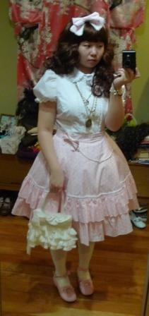 Pink & Pearls Sweet Lolita Outfit